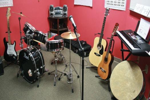 Bändilaager Püünsi Noortekeskuses - Püünsi Noortekeskus